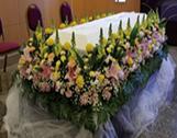 ご遺影廻りの飾り花